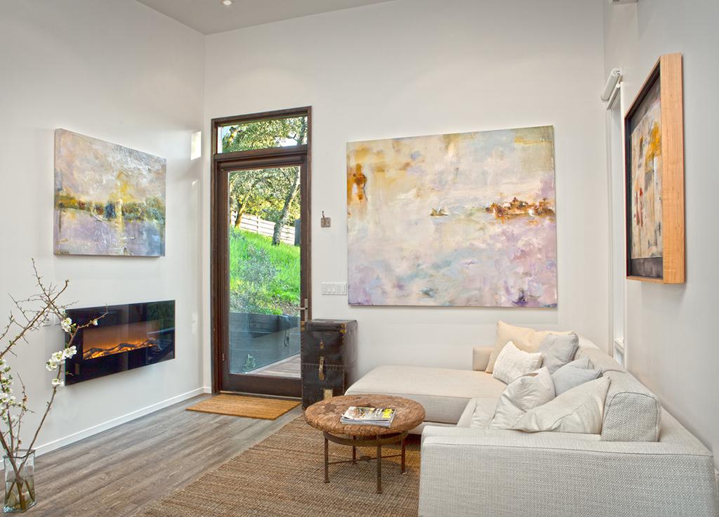 Sargam Griffin's ArtShed, Fireplace